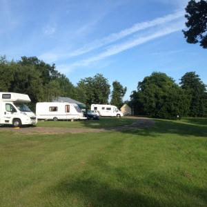 Campers en caravans in Grange Farm